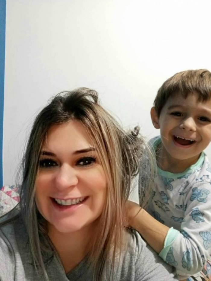 Priscila Silvestre e o filho