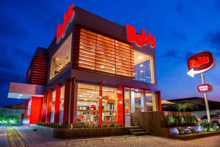 A rede de fast food Bob's iniciou o plano de reabertura das lojas da franquia, 48 delas na Zona Oeste