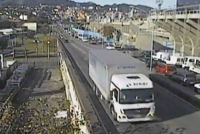 Congestionamento na altura do Sambódromo