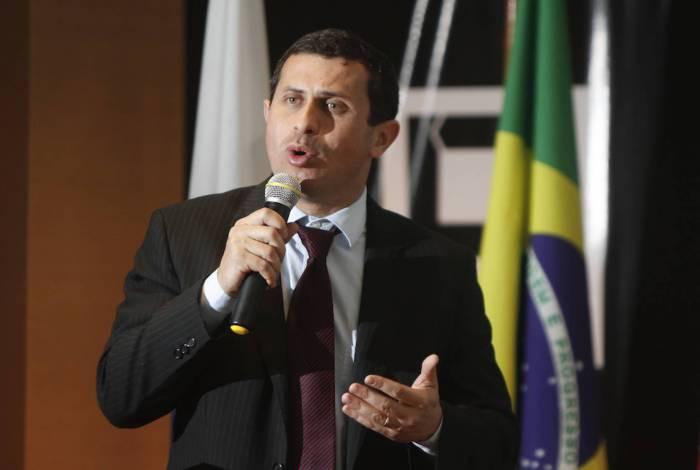 Felipe Peixoto respondeu a internauta sobre rever valores de IPTU