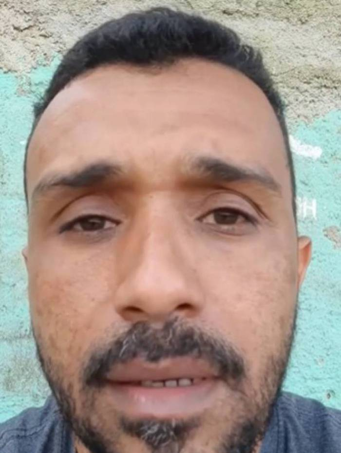 O vendedor ambulante André Pacheco divulgou um vídeo nas redes sociais pedindo ajuda para sustentar a família, já que não trabalha há três meses por conta do coronavírus
