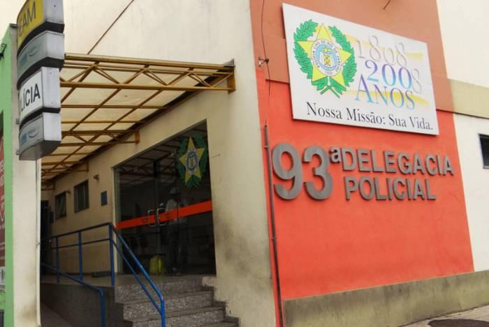 Degase faz registro na 93ª DP da morte do adolescente de 17 anos