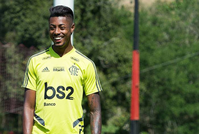 Bruno Henrique está confirmado no ataque do Fla, ao lado de Gabigol
