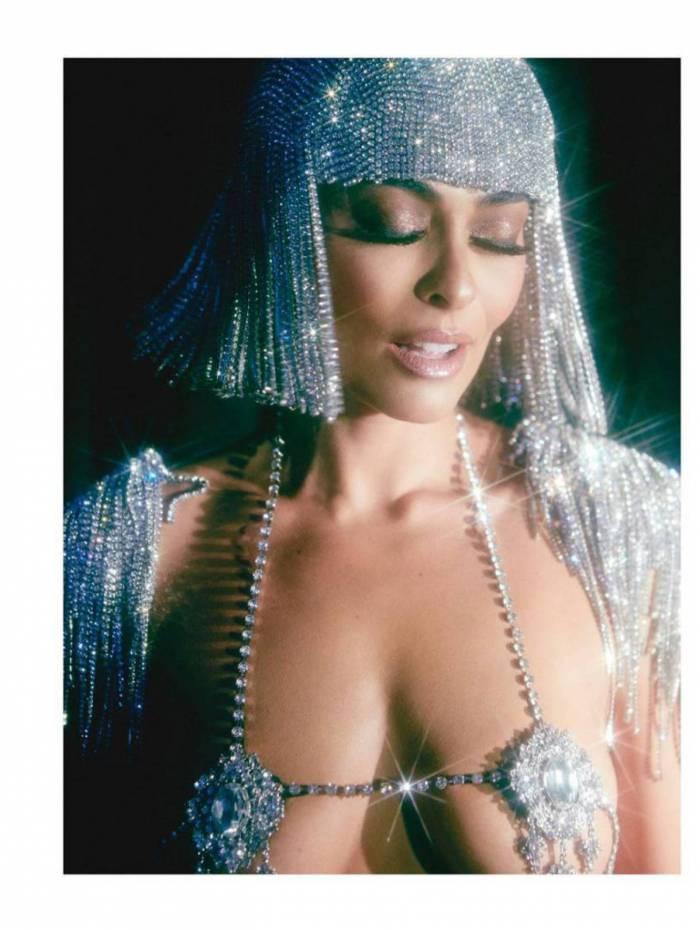 Juliana Paes relembra ensaio sensual