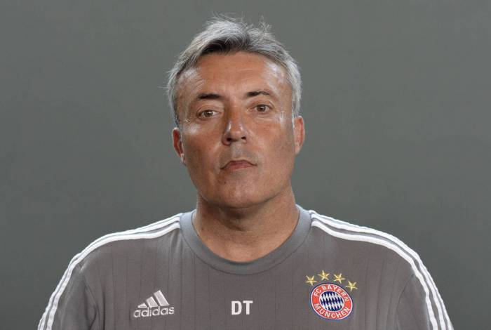 (FILES) In this file photo taken on July 16, 2015 Bayern Munich's assistant coach Domenec Torrent poses during the team presentation of the German first division Bundesliga team FC Bayern Munich at the training area in Munich, southern Germany. - Spanish coach Domenec Torrent announced on July 31, 2020 he will replace Portuguese Jorge Jesus as coach of Brazilian team Flamengo, current champion of the Brazilian tournament and of the Copa Libertadores