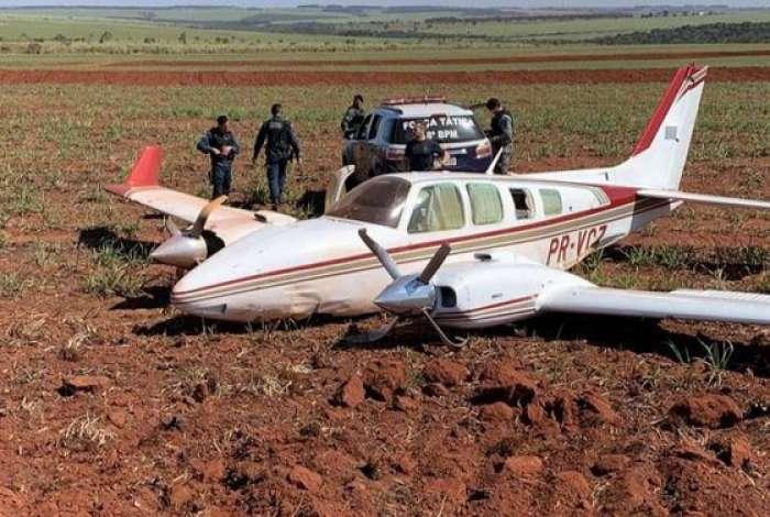 FAB intercepta aviões com 1,1 tonelada de cocaína no Mato Grosso do Sul