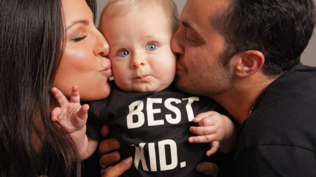 Andressa Ferreira e Thammy Miranda com o filho do casal, Bento