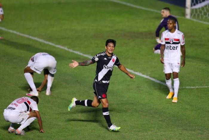 Cano faz dois gols e Vasco vence o São Paulo em Sao Januario. Foto: Daniel Castelo Branco