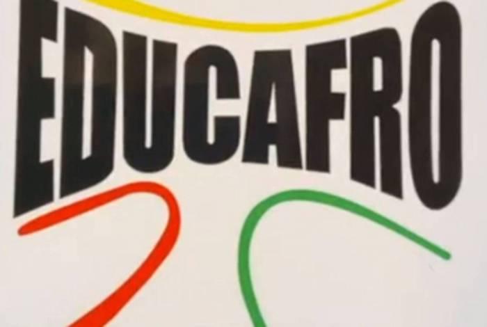 Educafro oferece cursos para concursos públicos, Enem, IME/ITA e liderança