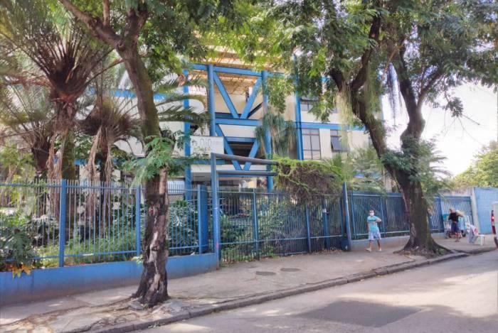 ZONA OESTE - UEZO - Espaço almejado pelos alunos, no centro de Campo Grande
