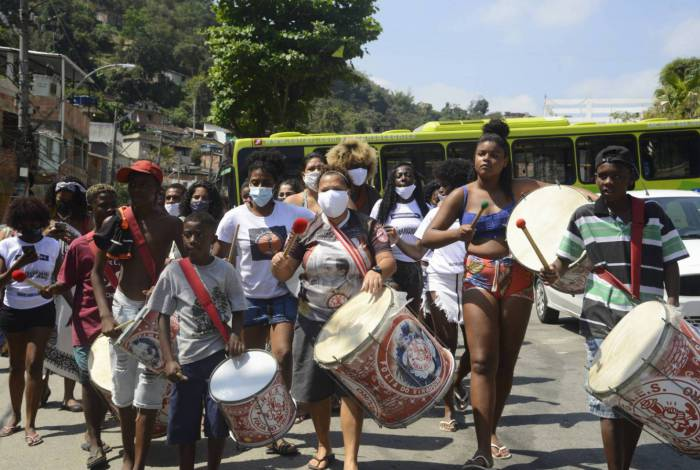 Ocupação Cultural Artística mobiliza moradores todo sábado este mês