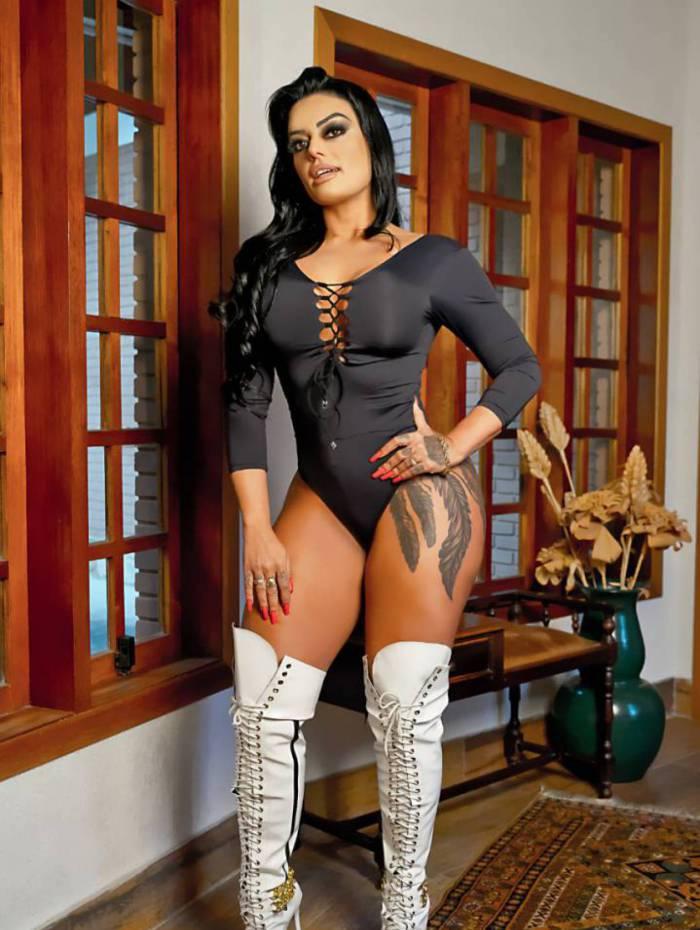 Modelo Leila Dantas, do reality da Sexy