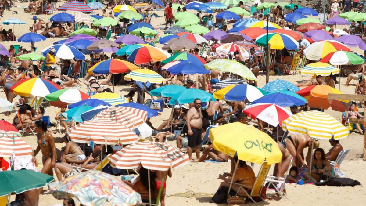 Rio de Janeiro - RJ - 12/09/2020 - Movimentacao pelos parques e orla da cidade, na foto praia Vermelha - Foto Gilvan de Souza / Agencia O Dia