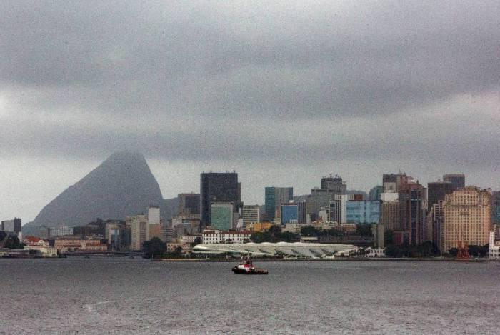 Frente fria muda tempo na cidade do Rio