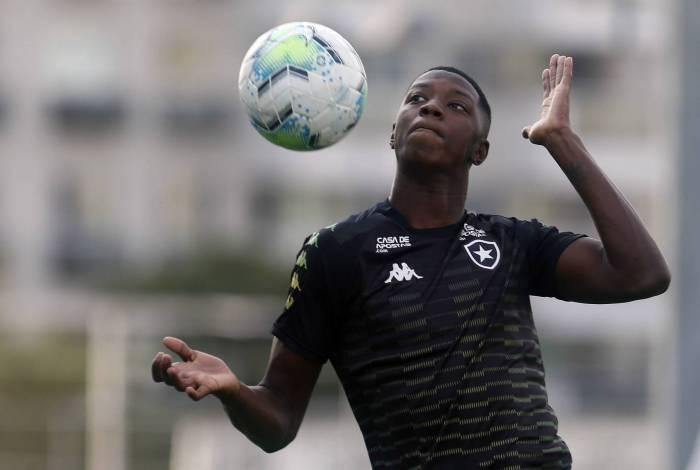 Matheus Babi e Germán Cano: promessa de gols no clássico de hoje
