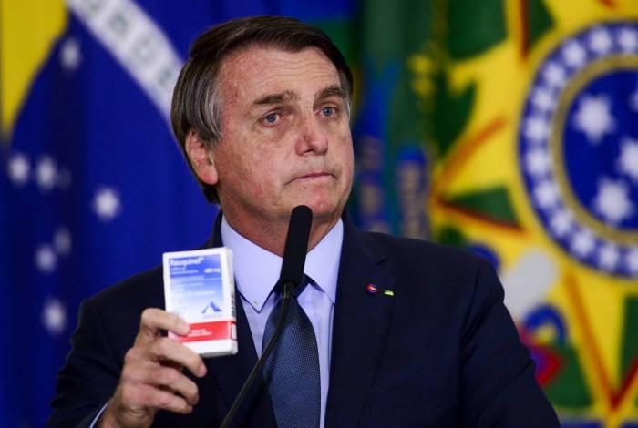 Bolsonaro durante a cerimônia de posse do ministro da Saúde