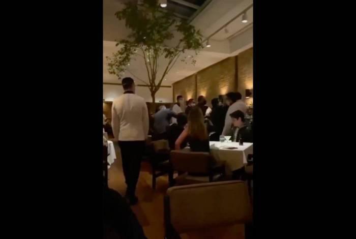 Confusão em restaurante de São Paulo