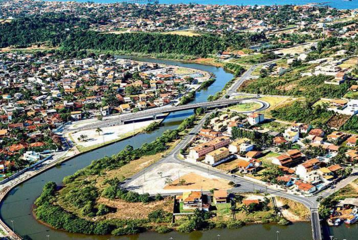 O município possui mais de 51 mil domicílios e uma área territorial de 229,044 km2