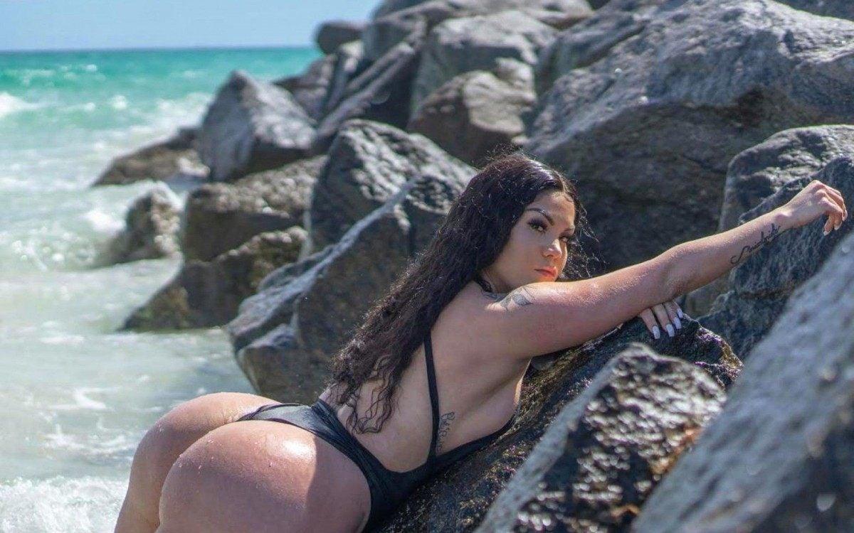 Sheyla Fong faz sucesso na internet com fotos sensuais - Divulgação | CO Assessoria