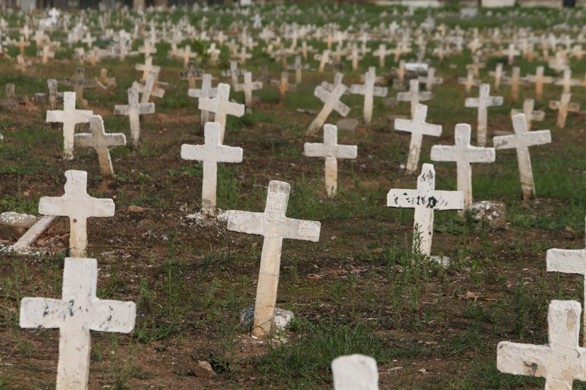 Covid-19: Brasil registra 318 mortes nas últimas 24 horas