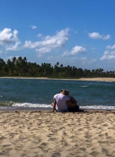 Assumidos! Tierry publica foto com Gabi Martins no maior clima de romance | Celebridades | O Dia