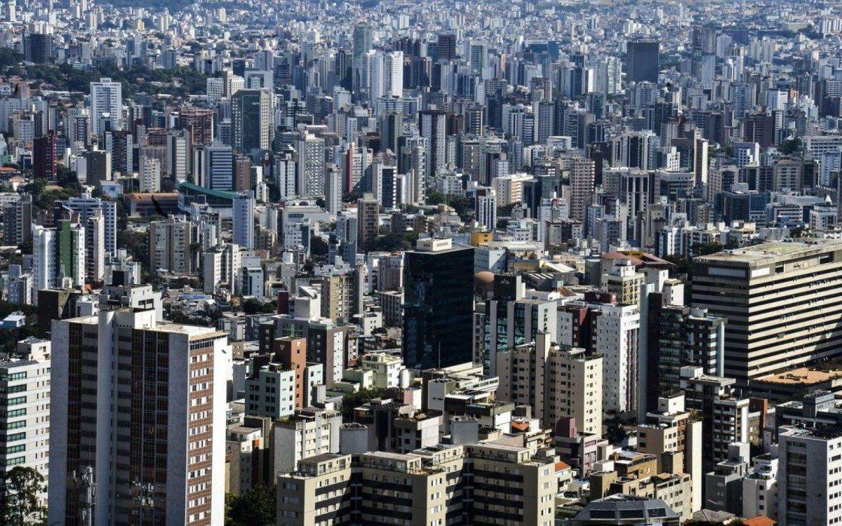 Prefeito de Belo Horizonte decretará lockdown na segunda-feira - Marcello Casal JrAgência Brasil