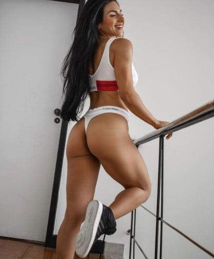 Camila Takeuchi