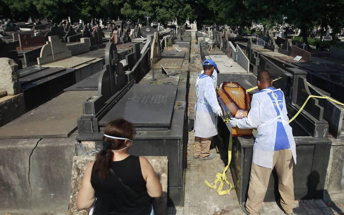 Brasil bate novo recorde e tem 3.869 mortos por Covid-19 em 24 horas