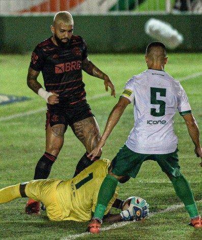 Flamengo empatou com o Boavista
