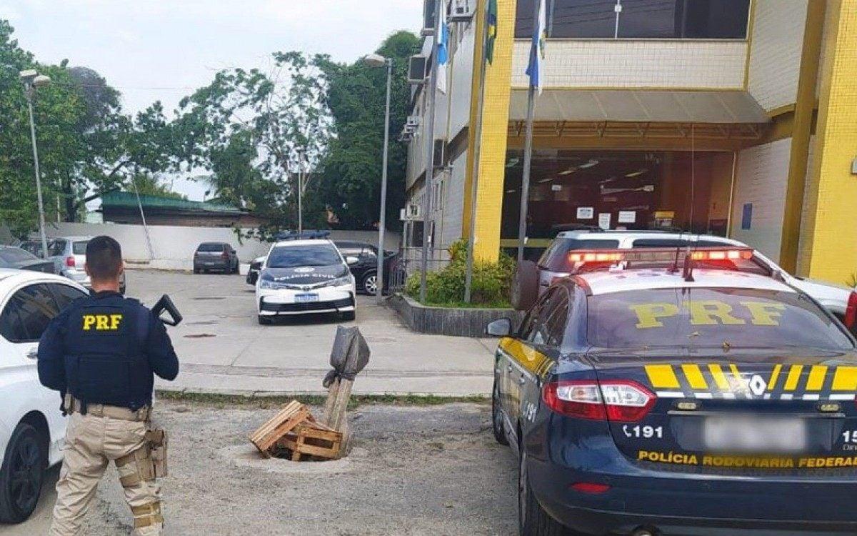 PRF prende homem por tentativa de assalto em Niterói | Rio de Janeiro
