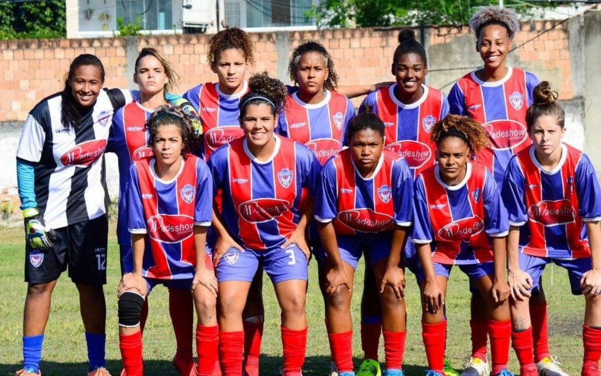A partida das meninas do SE Belford Roxo aconteceu no Campo do Esperança, em Nova Iguaçu
