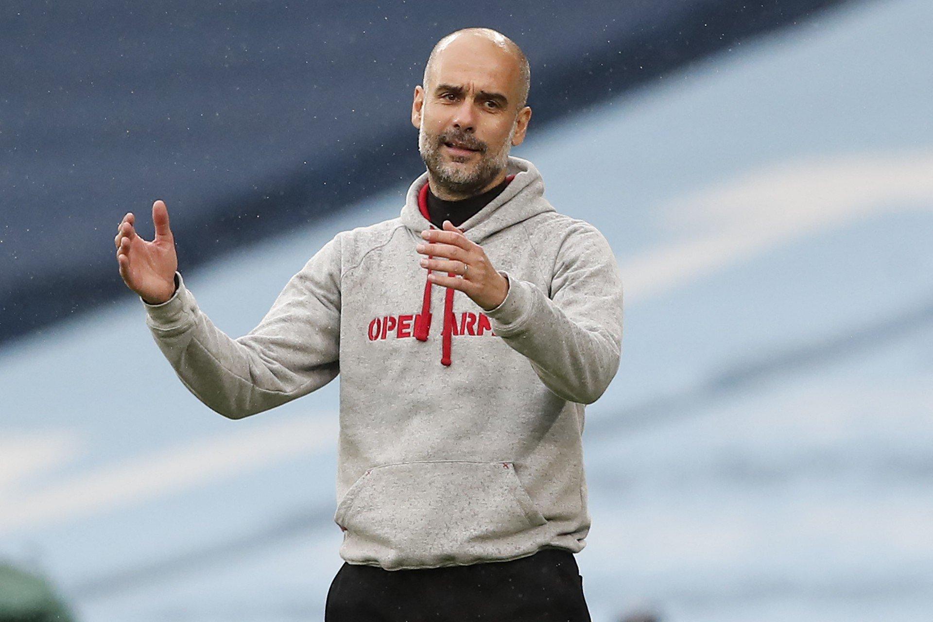 Guardiola cria polêmica ao reclamar de lugares vazios no estádio em jogo do City