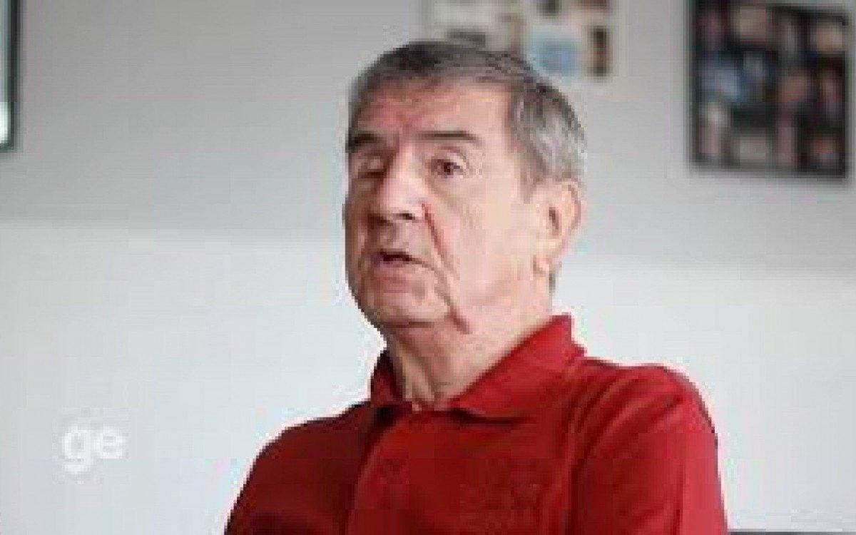 Narrador gaúcho fez sucesso na década de 90 com bordões imortalizados e apelidos aos craques do futebol carioca, em especial