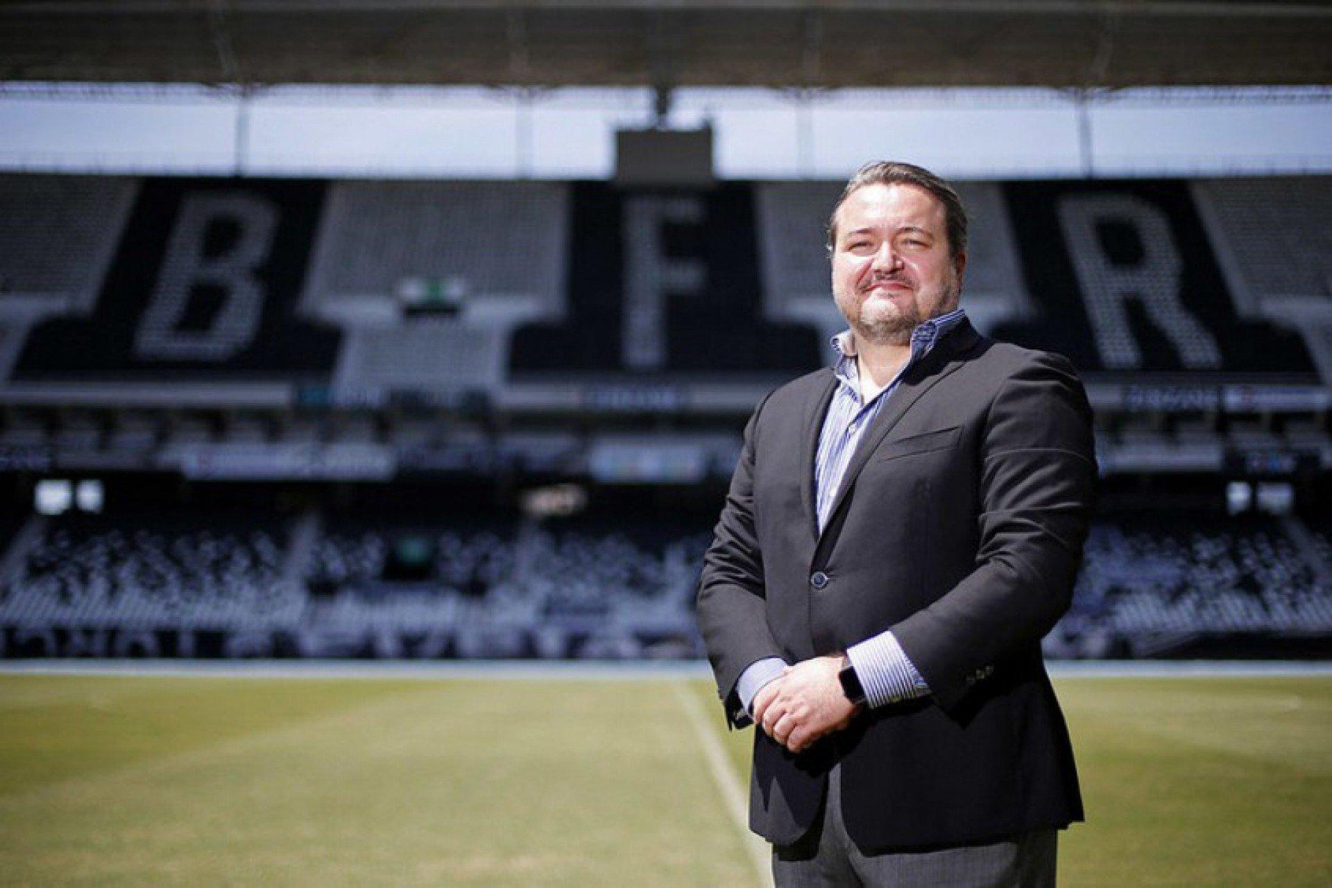 CEO mostra otimismo em recuperação financeira do Botafogo: 'É um clube amado dentro e fora do Brasil'