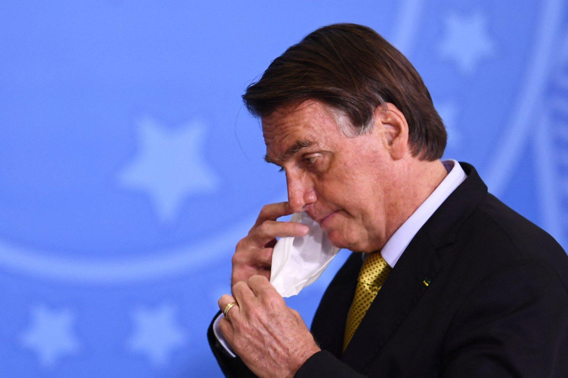 Ex-apresentador do SporTV diz que Globo proíbe funcionários de apoiarem Bolsonaro
