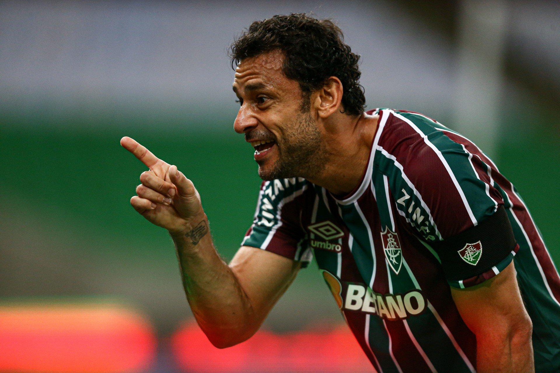 Promessa de Xerém rasga elogios a Fred: 'Se estou no Fluminense, acho que é por causa dele'