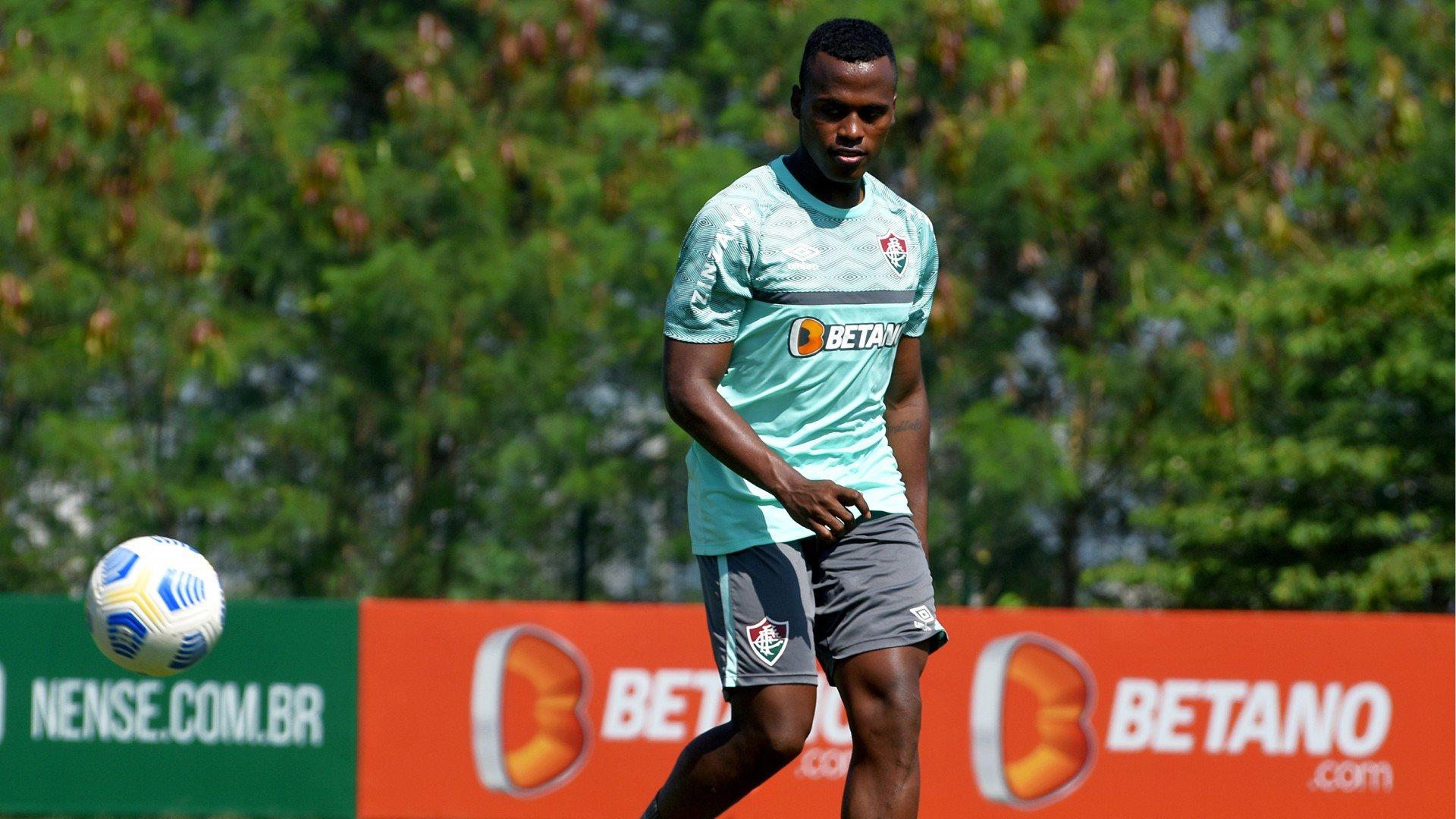 Meia-atacante do Fluminense ainda é dúvida para confronto contra São Paulo