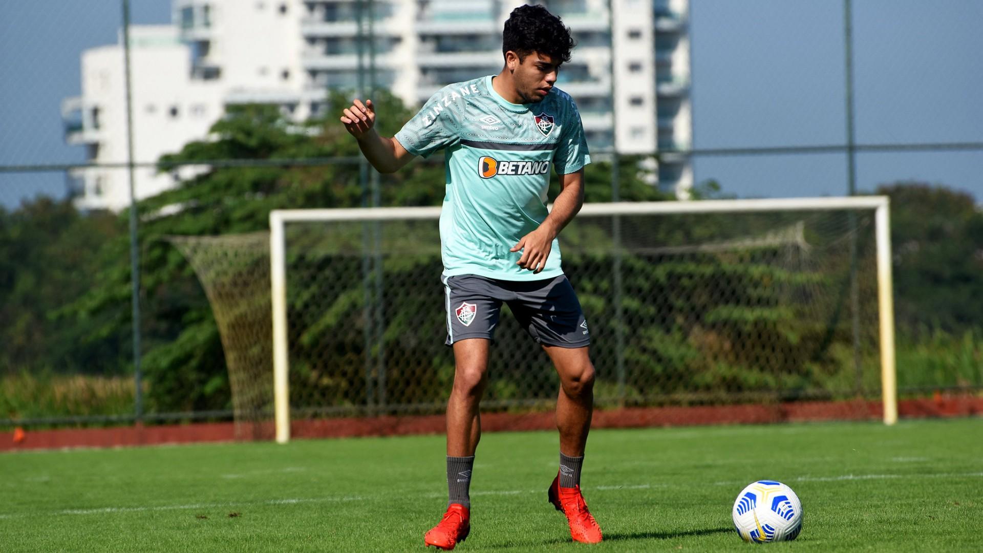 Nonato vê vaga na Libertadores como título para o Fluminense: 'É o nosso foco'