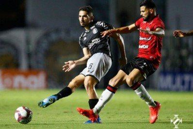 Tropeço em São Januário reduz chances de acesso do Vasco na Série B