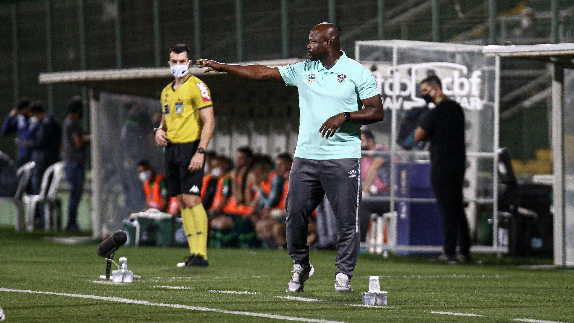 Marcão foca no São Paulo e projeta sequência de invencibilidade no Campeonato Brasileiro