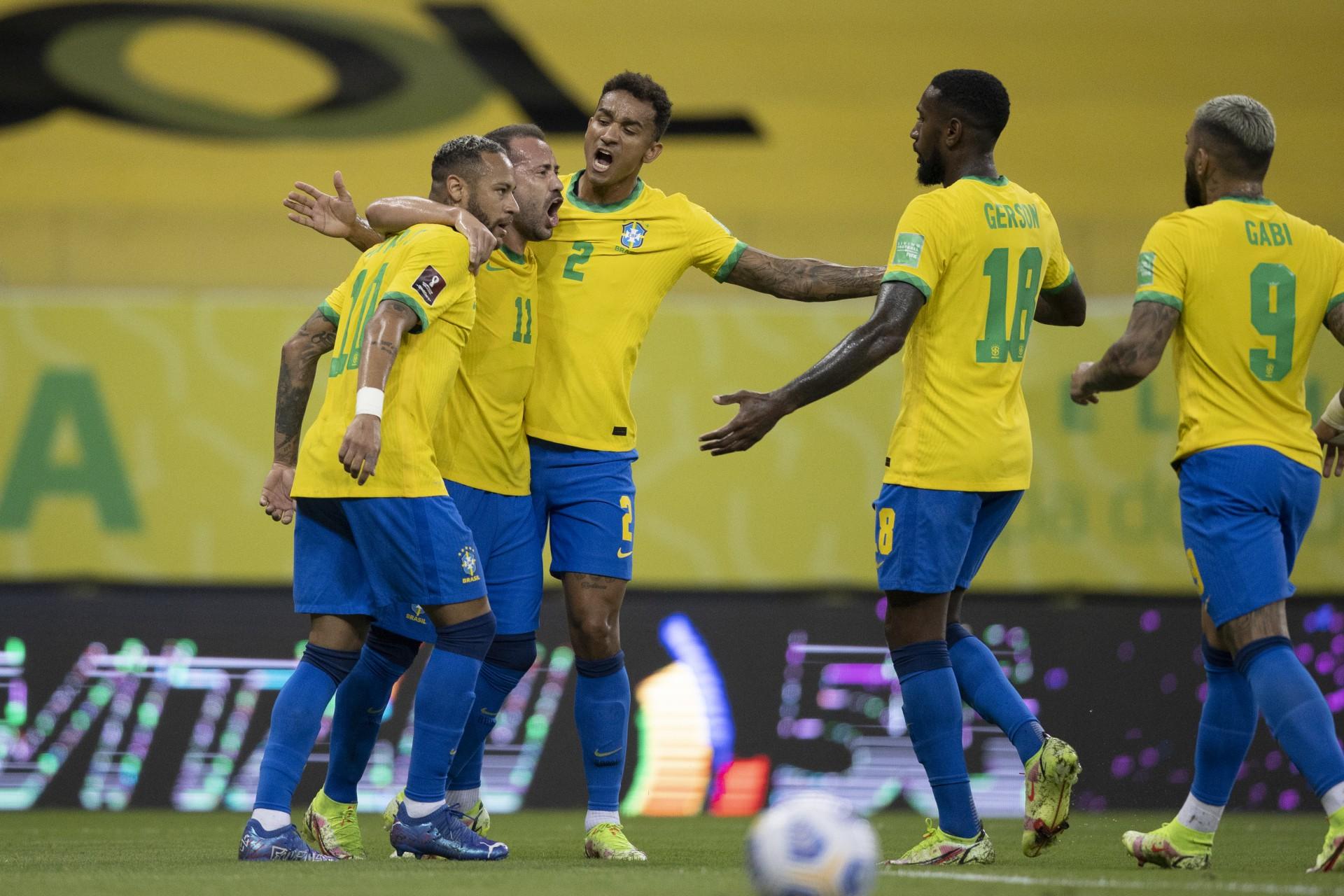Sem susto, Brasil bate o Peru e confirma a superioridade
