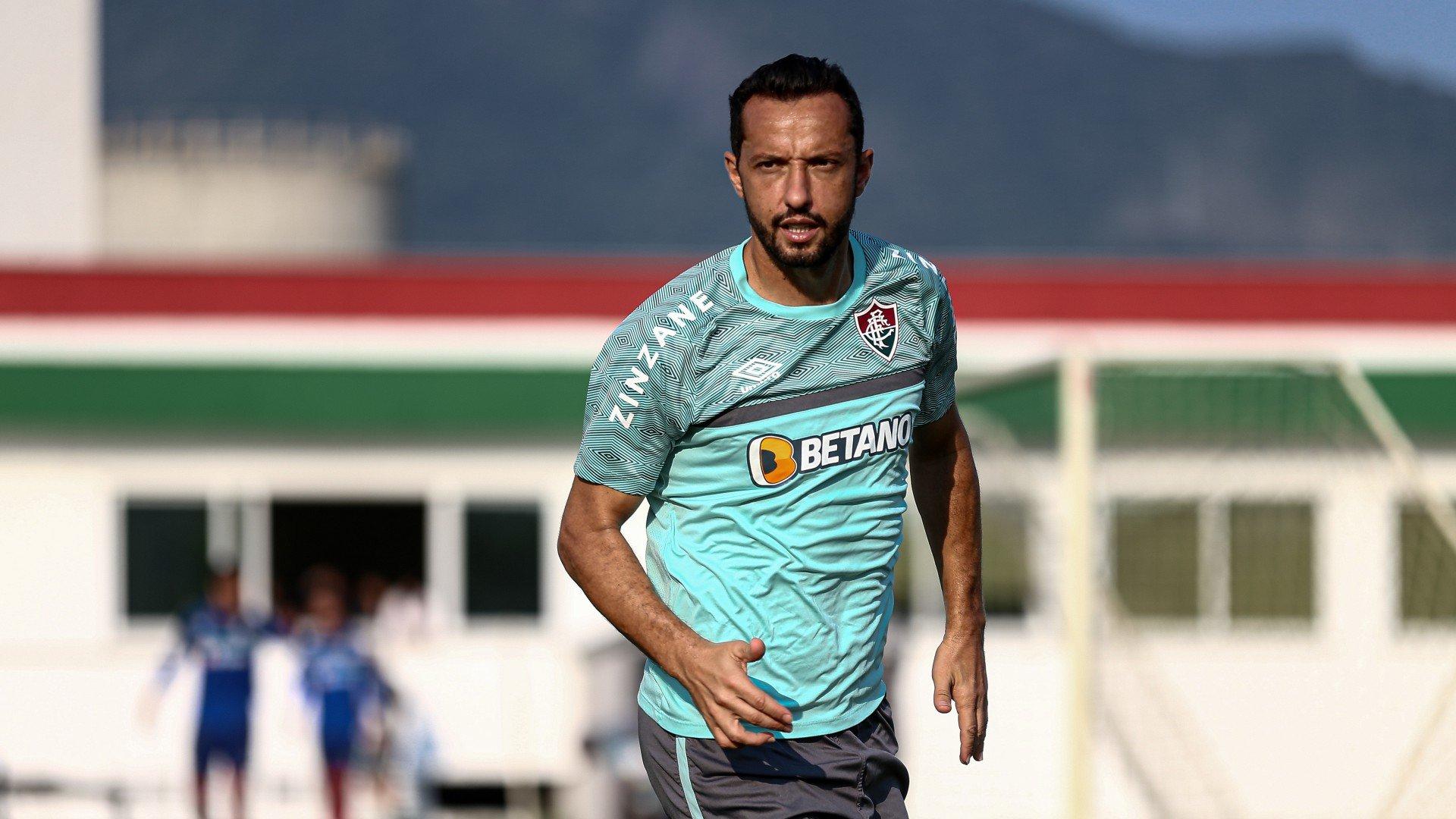 Nenê se despede dos companheiros de Fluminense e está no CT para assinar rescisão
