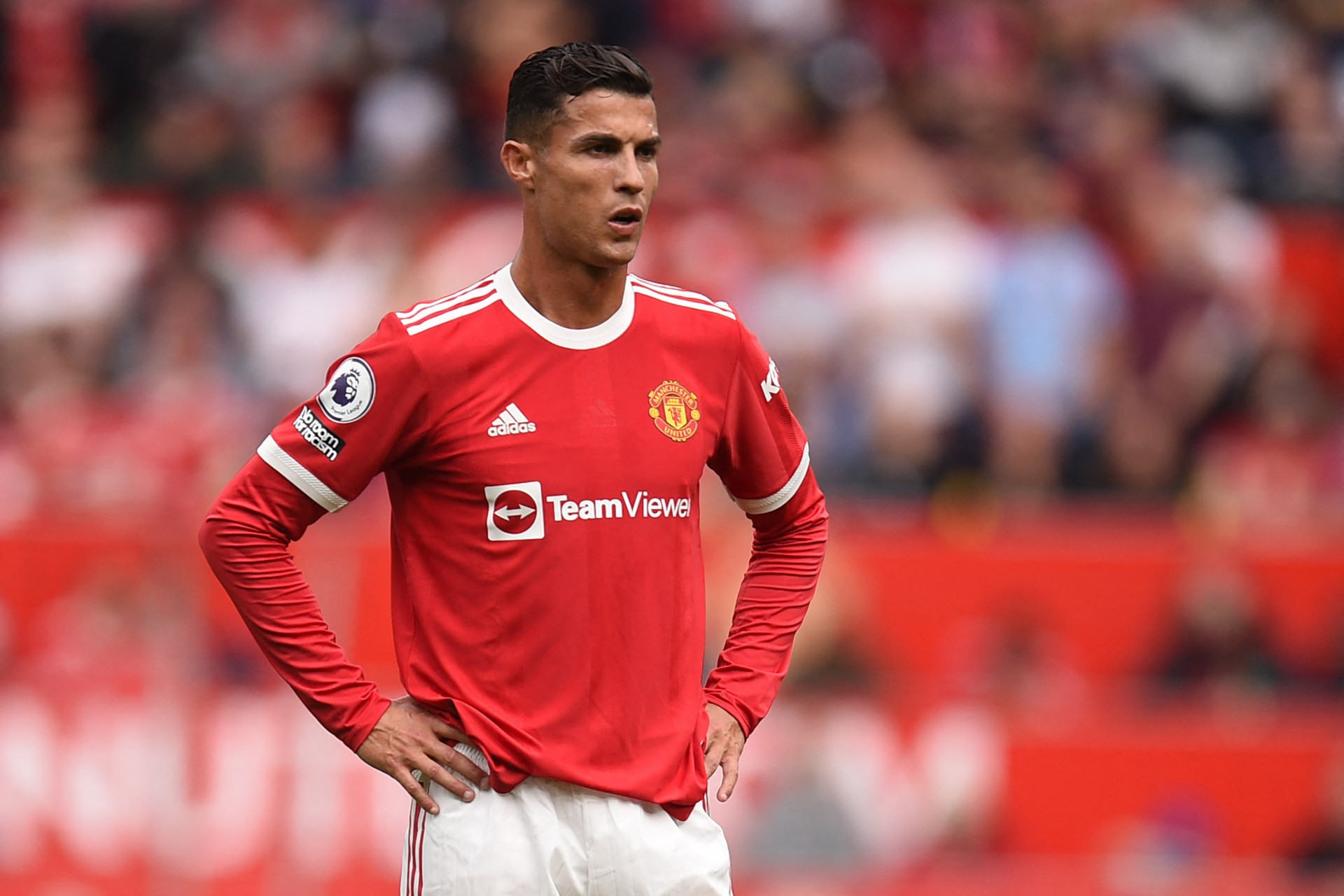 Cristiano Ronaldo se muda de mansão de R$ 43,5 milhões por motivo inusitado