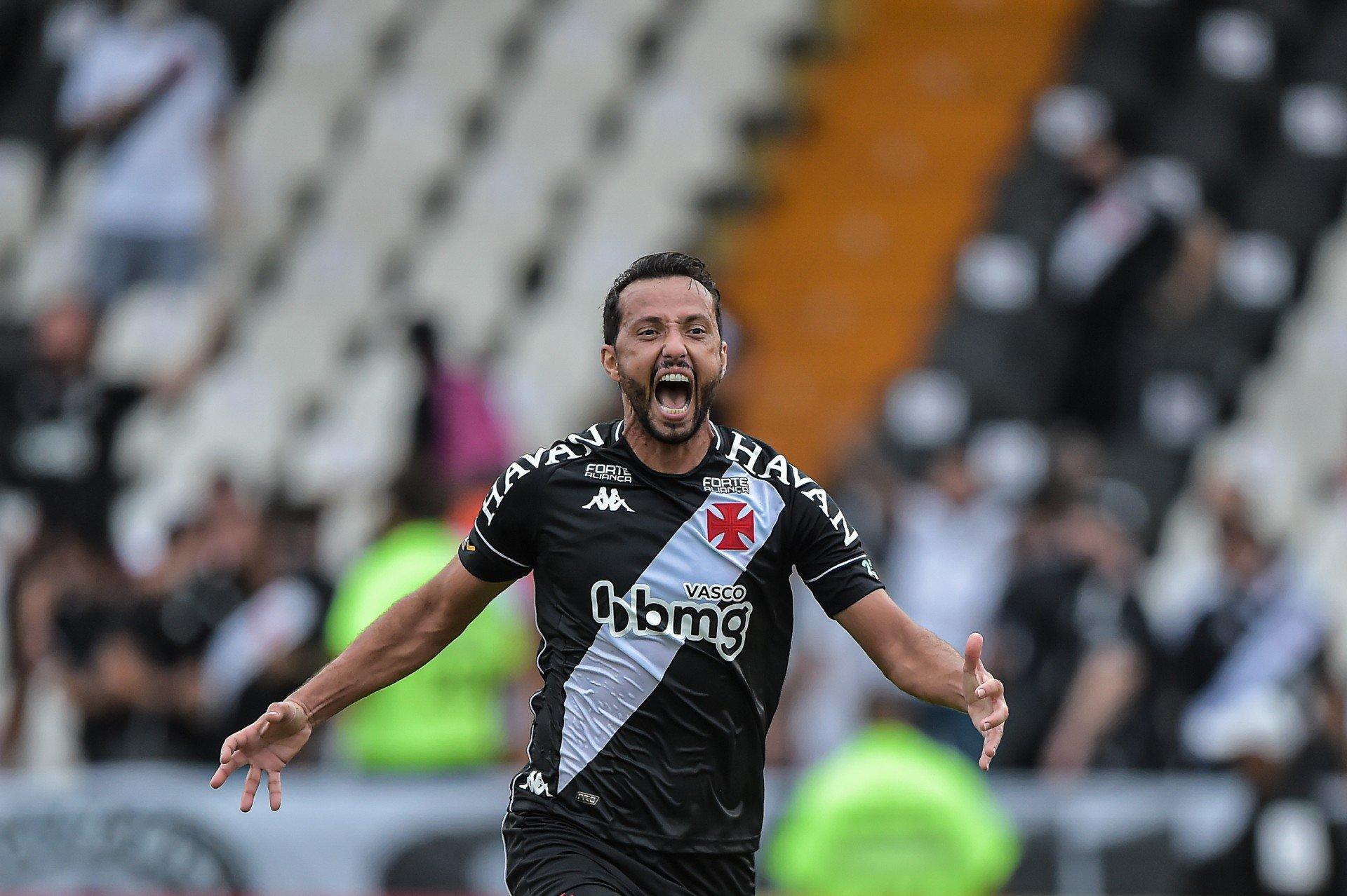 Com ingressos a partir de R$ 6, Vasco inicia venda para confronto com o Goiás