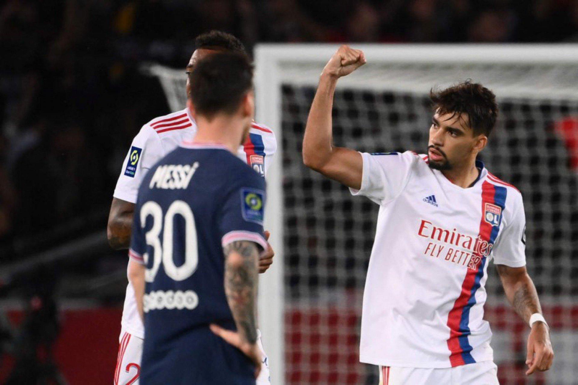 Thierry Henry elogia atuação de Lucas Paquetá, do Lyon, contra o PSG: 'Melhor em campo'