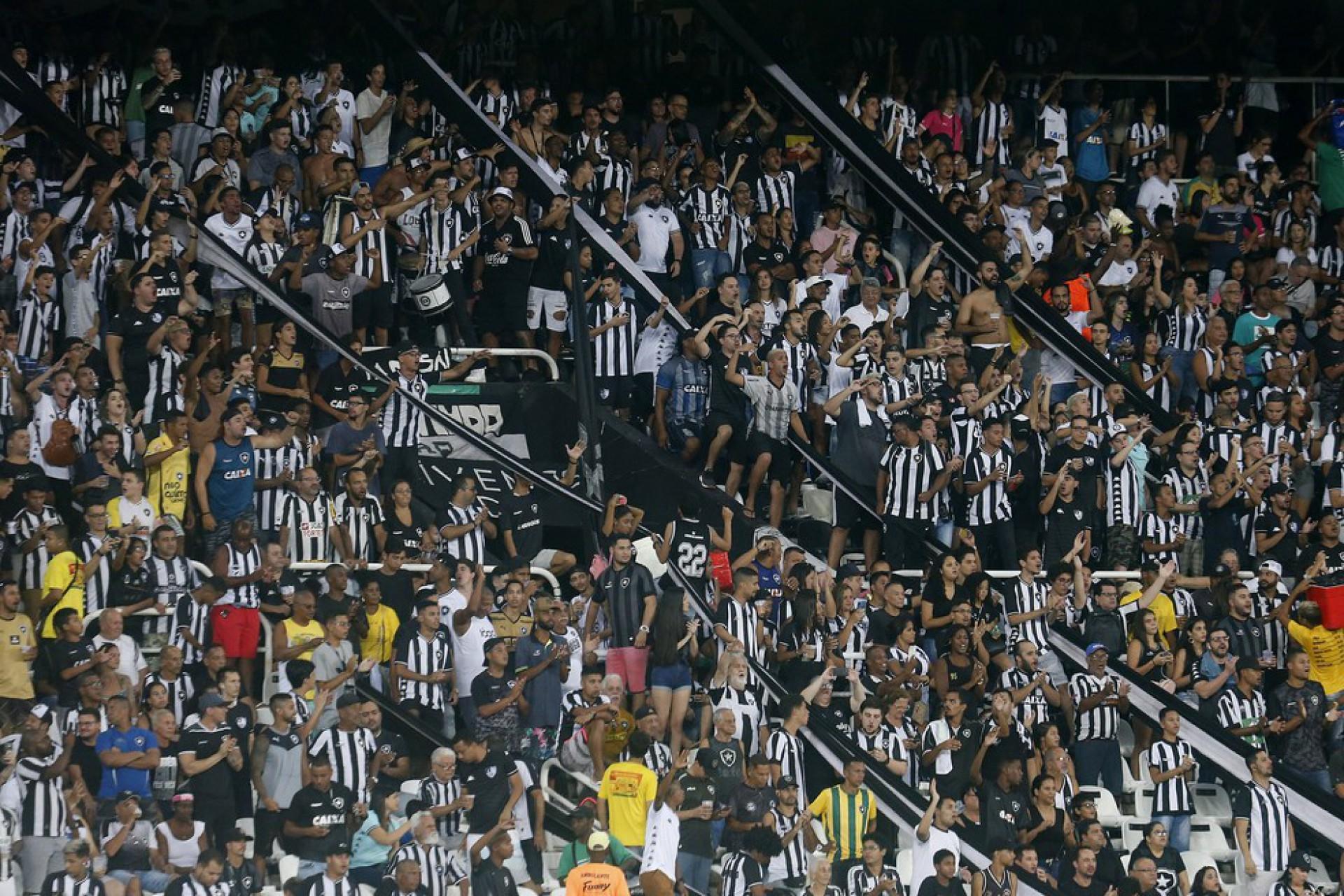 Botafogo divulga comercialização de ingressos para duelo contra o Avaí