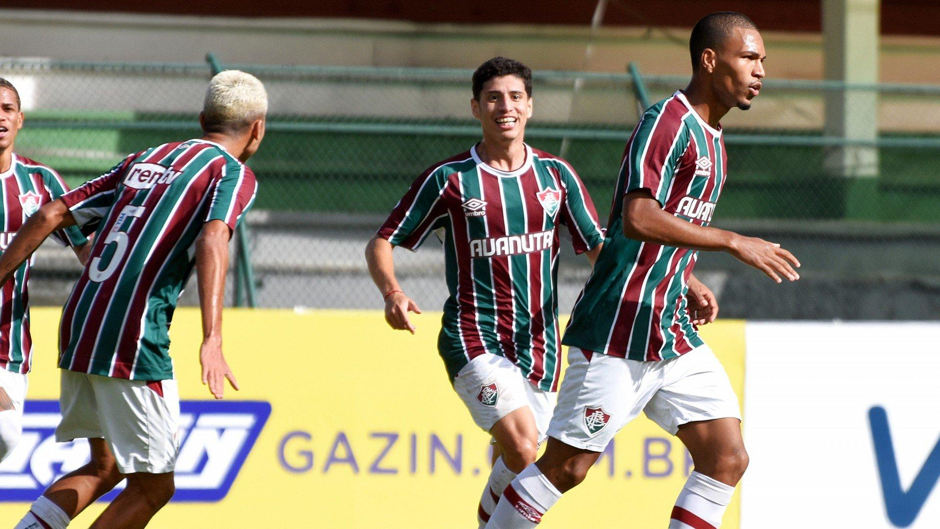 Filho de ex-jogador do Flamengo marca e Fluminense goleia o Rubro-Negro na final do Carioca Sub-20