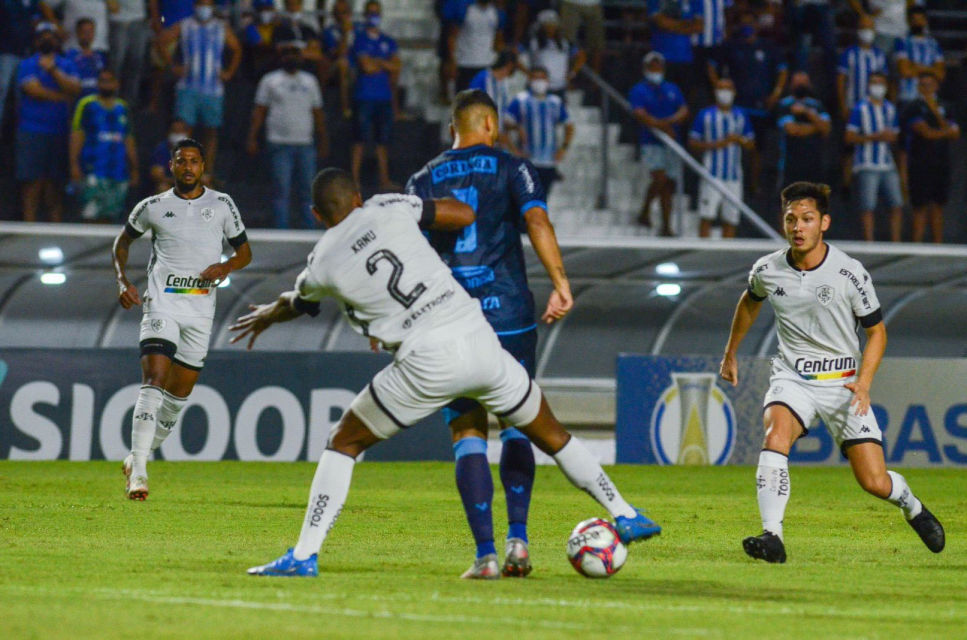 Kanu classifica atuação na derrota para o CSA como uma das piores do Botafogo na Série B