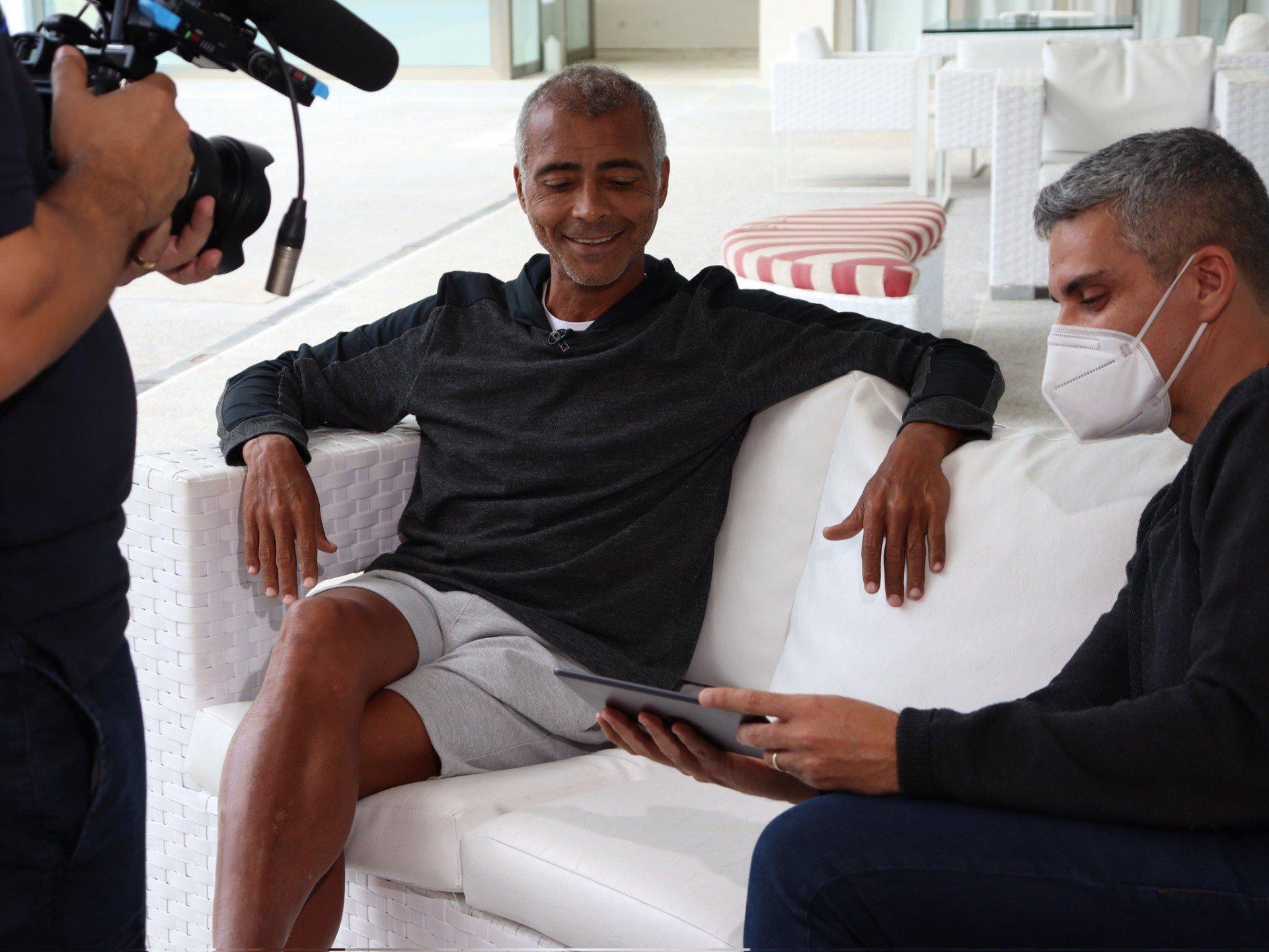 """Romário volta a elogiar Fred em rede social e ressalta: 'Fazedor de gol nato"""""""