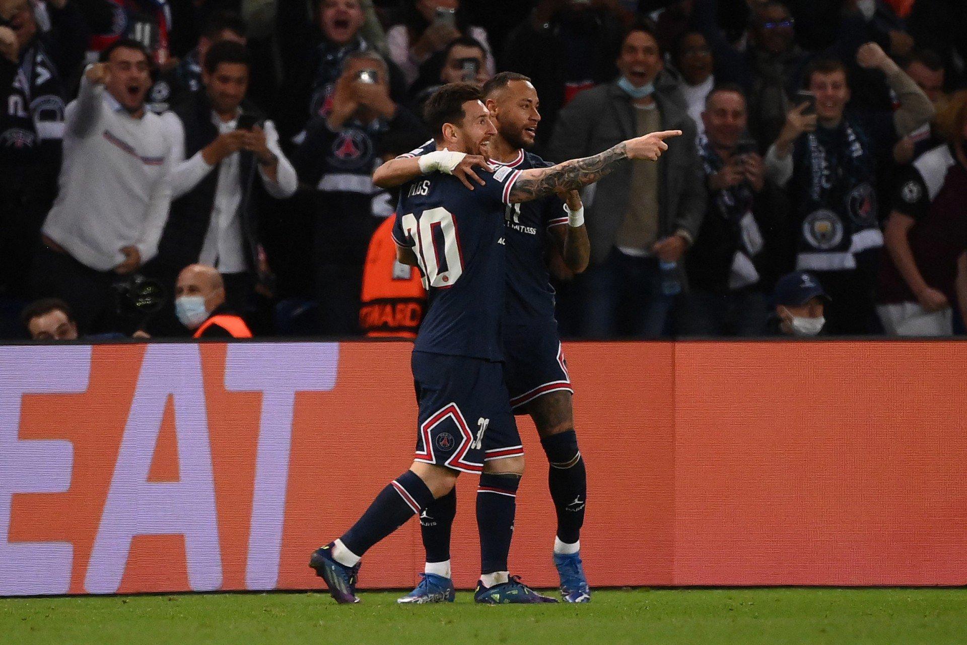 Messi desencanta com bonito gol e PSG vence o City por 2 a 0 na Liga dos Campeões
